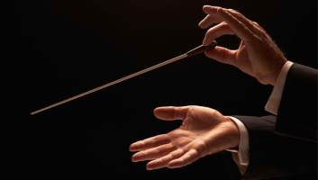 conductor-hands-sized2